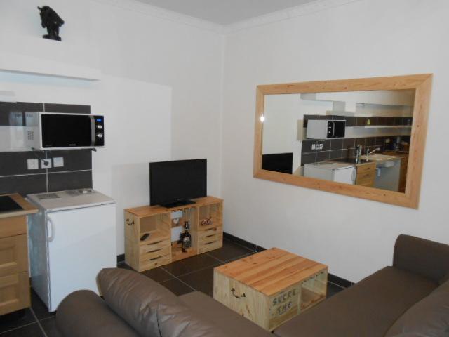 appartement meubl 4 personnes avec acc s pmr la maison d 39 olivier. Black Bedroom Furniture Sets. Home Design Ideas