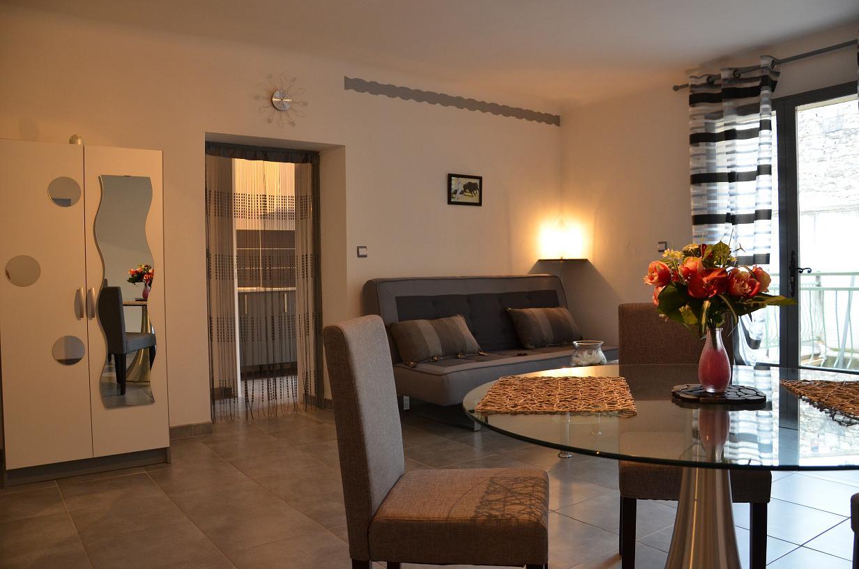 appart-vacances-provence-location-la-maison-olivier
