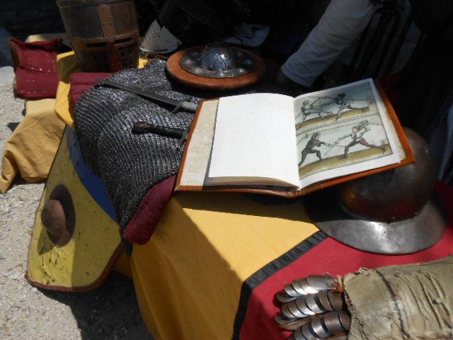 revue-de-combats-medievales-beaucaire