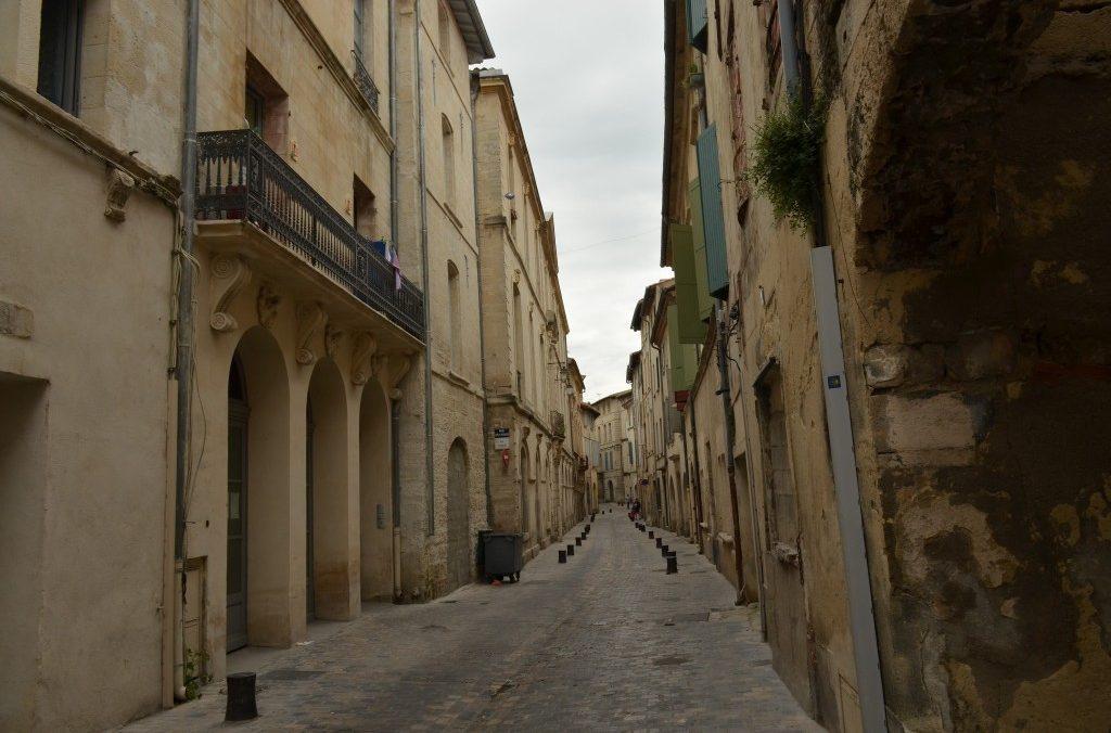 Rue Republique , rue Haute de la Draperie à l'Epoque Beaucaire 30300