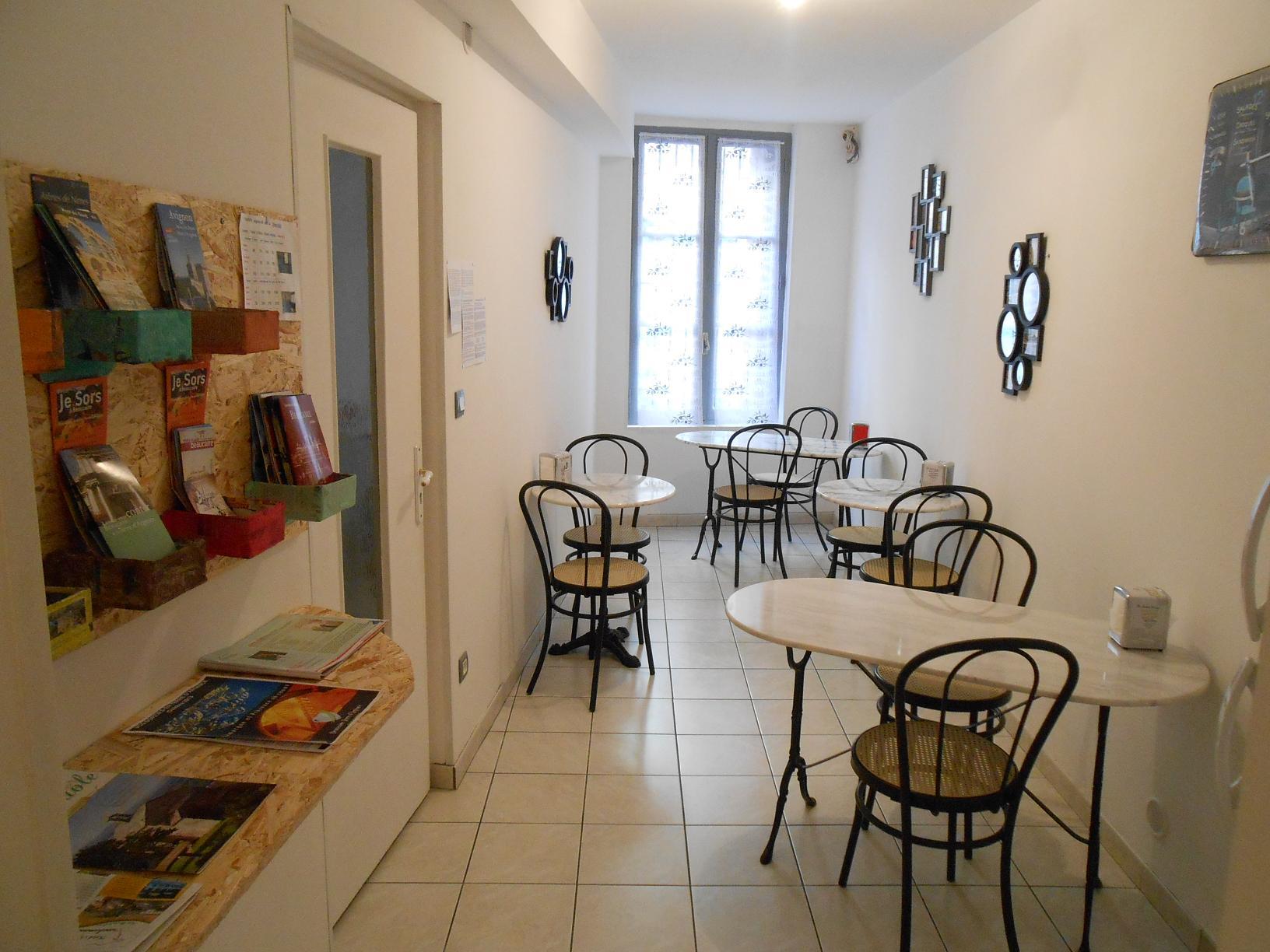 18b0a39f0c6 ... Salle petit dejeuner Beaucaire Tarascon La Maison d Olivier