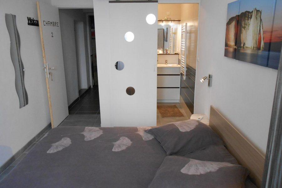 Chambre style Hotel rue Haute de la Draperie centre Beaucaire