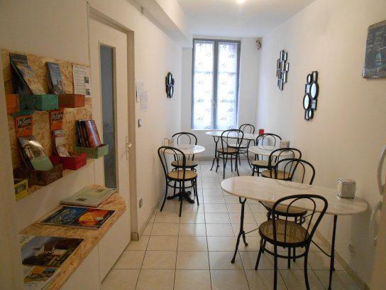 Salle petit dejeuner Beaucaire Tarascon La Maison d'Olivier