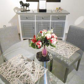 table romantique Studio Beaucaire La Maison d'Olivier